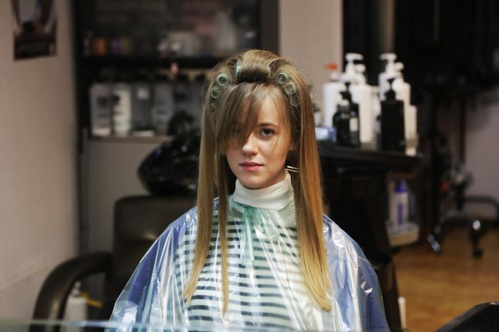 Прикорневая химическая завивка волос